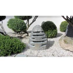 Lanterne japonaise en basalte mod le niigata lanterne for Lanterne jardin zen