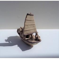 Bateau pêcheur miniature pour penjing 016
