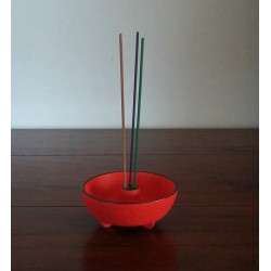 Brule-encens japonais en fonte Iwachu - rouge
