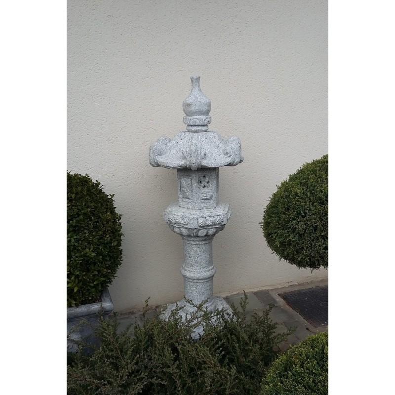lanterne japonaise en granite kasuga lanterne pour jardin zen. Black Bedroom Furniture Sets. Home Design Ideas