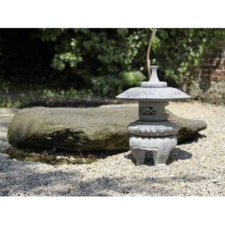 Lanterne en granit Geisha