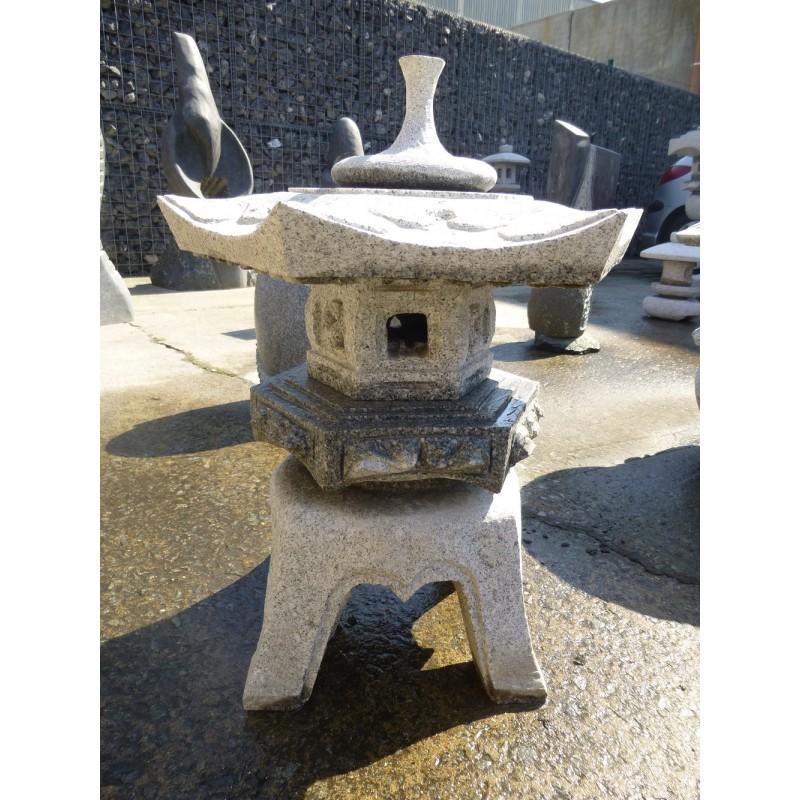 lanterne japonaise en granite rokkaku yukimi lanterne. Black Bedroom Furniture Sets. Home Design Ideas